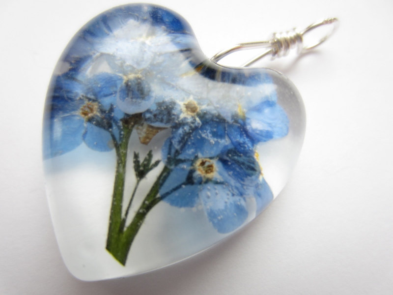 Dried Flower Resin Pendant, Pressed Flower Pendant, Forget Me Not Pendant, Real Flower Jewellery