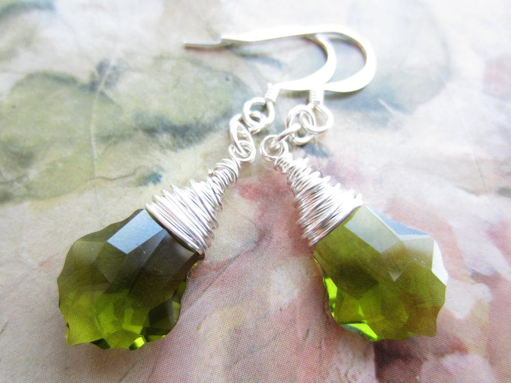Green Swarovski Crystal Earrings, Wire Wrapped Swarovski Earrings, Crystal Briolettes, Baroque, Drop Earrings, Dangle Earrings